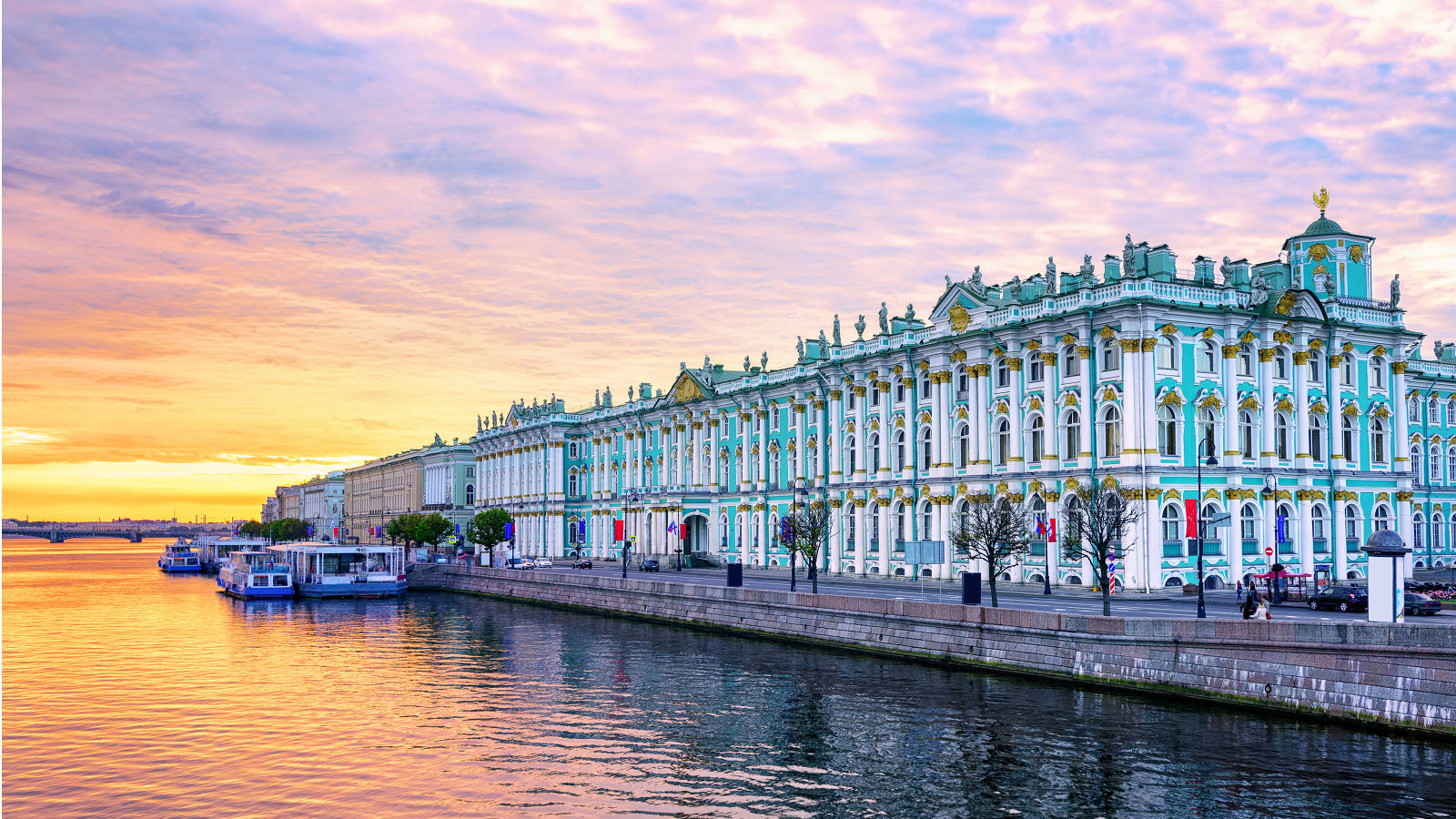 Hermitage Museum in St. Petersburg during White Nights Evening Tour